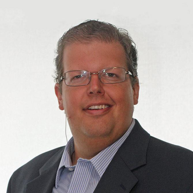 Roger Felipe, Director | Leadership Outreach Team